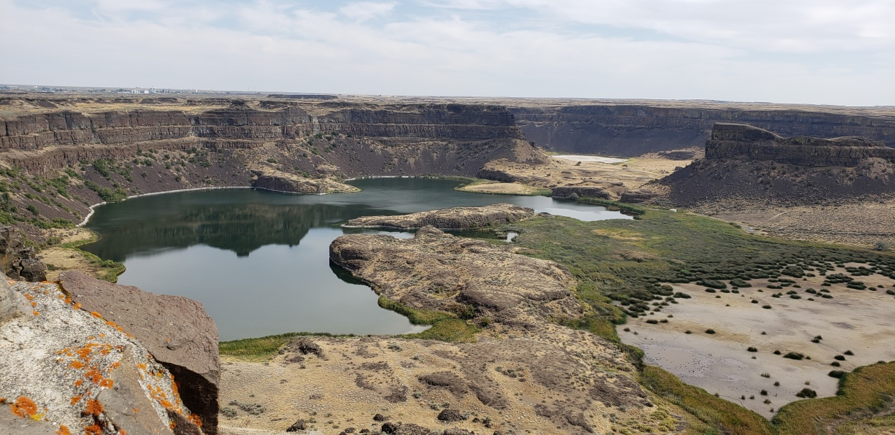 Camping in theCoulee